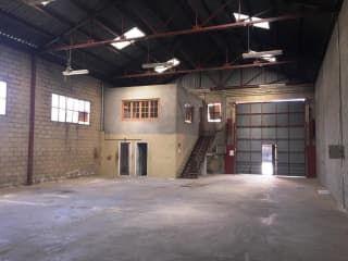 Nave en venta en Ciempozuelos de 275  m²