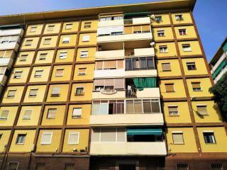 Piso en venta en Barcelona de 74  m²