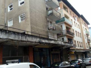 Piso en venta en Torrelavega de 58  m²