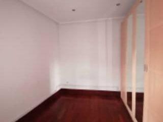 Piso en venta en Portugalete de 79  m²