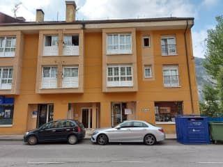 Piso en venta en Oviedo de 55  m²