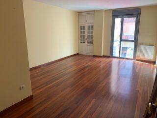 Piso en venta en Villaviciosa de 111  m²