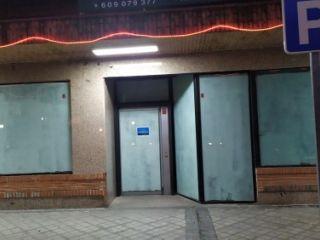 Local en venta en Villaviciosa De Odon de 178  m²