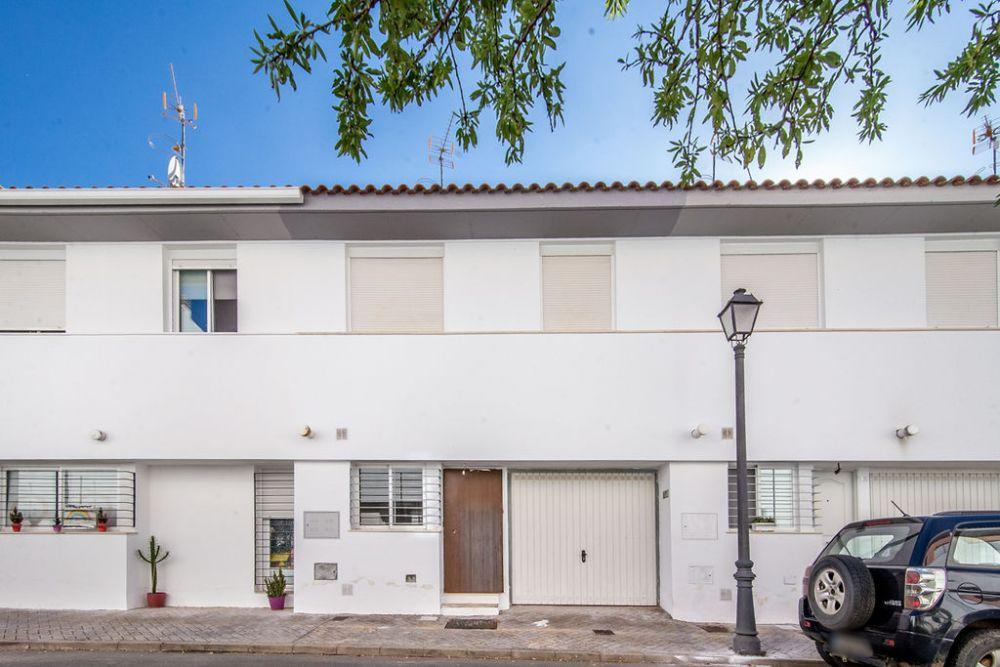 Vivienda en venta en c. matrona maría tamarit, 7, Cortegana, Huelva