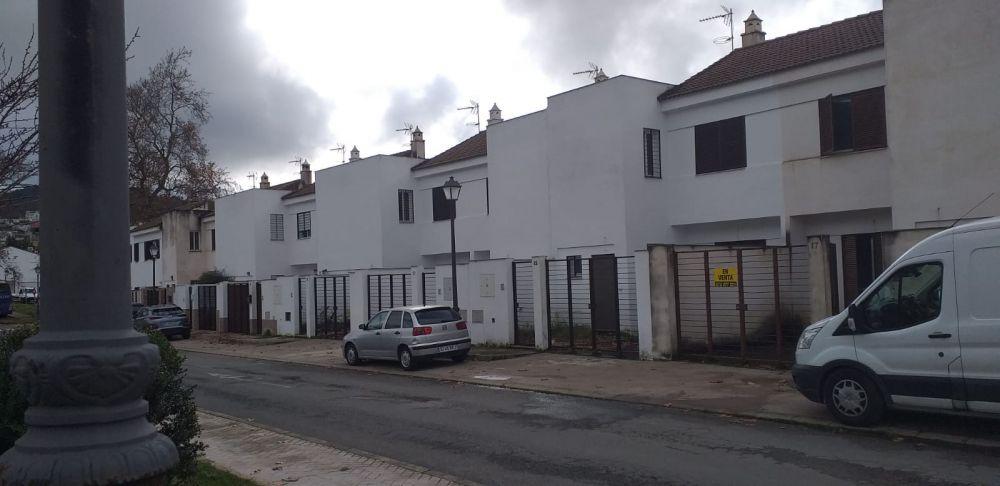 Vivienda en venta en c. fray alonso giralde de terrero, 17, Cortegana, Huelva