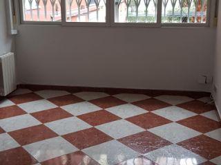 Piso en venta en Leganés de 64  m²