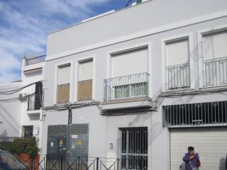 Piso en venta en Sanlucar La Mayor de 67  m²