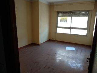 Piso en venta en Loja de 89  m²