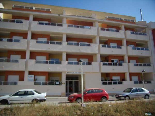 Vivienda en venta en c. san vicente, 28, Font De La Figuera, La, Valencia