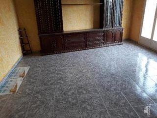 Piso en venta en Vilobí D'onyar de 78  m²