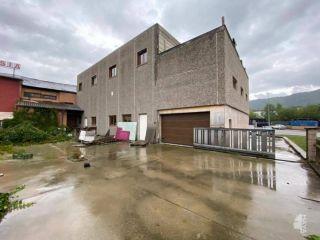 Nave en venta en Montferrer I Castellbò de 537  m²