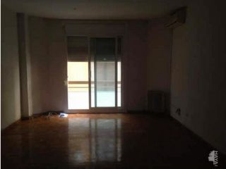 Piso en venta en Barcelona de 87  m²