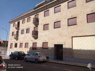 Piso en venta en Villares De La Reina de 54  m²