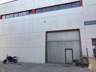 Nave en venta en Vilanova I La Geltrú de 716  m²