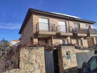 Unifamiliar en venta en Manzanares El Real de 834  m²