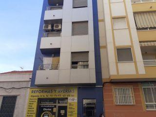 Piso en venta en Torrevieja de 65  m²