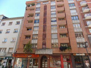 Atico en venta en Oviedo de 108  m²