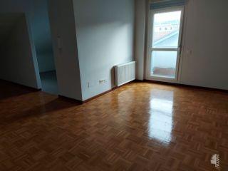 Piso en venta en Lena de 72  m²
