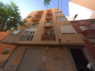Piso en venta en Almería de 129  m²