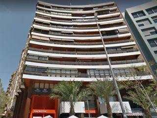 Piso en venta en Alicante de 192  m²