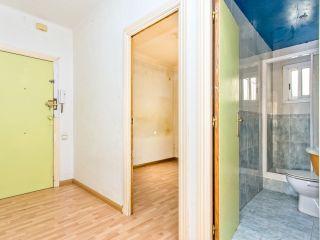 Piso en venta en Cornella De Llobregat de 66  m²
