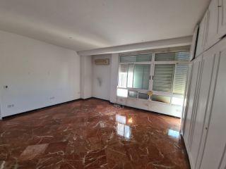 Piso en venta en Sevilla de 385  m²