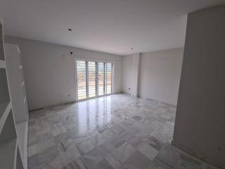 Unifamiliar en venta en Gelves de 162  m²