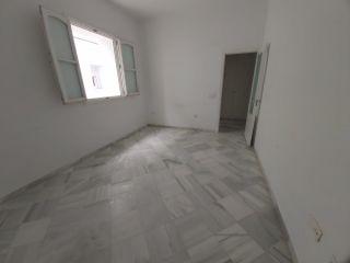 Piso en venta en Cadiz de 63  m²
