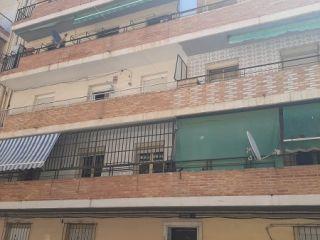 Piso en venta en Alicante de 61  m²