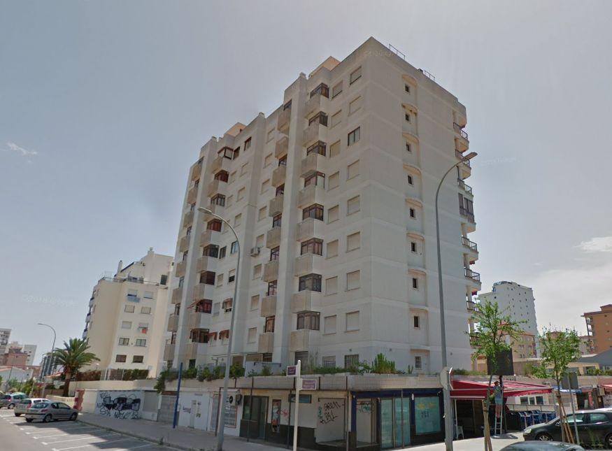 Local en venta en c. la rabida. edificio las salinas iii, 39, Gandia, Valencia