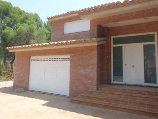 Chalet independiente en Serra 19