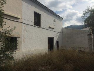 Masia con terreno, Naves agricolas y vivienda. 13