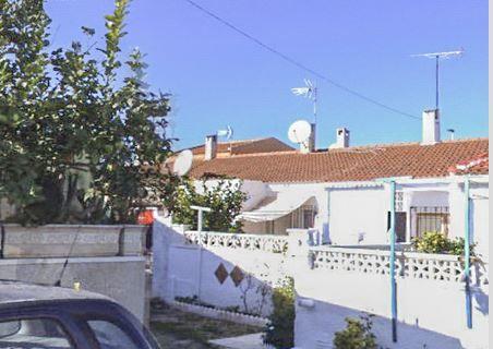 Chalet unifamiliar en Urb. Torreta II Calle Los Almendros