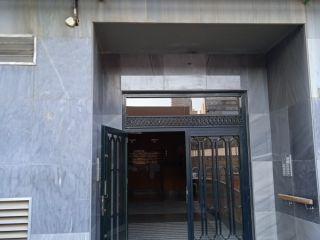Piso y plaza de garaje en calle Alcalde Ramón Hernandez  Esquina con Avenida Aguilera 43