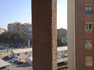 Piso y plaza de garaje en calle Alcalde Ramón Hernandez  Esquina con Avenida Aguilera 9